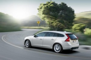 15605173191941806211 300x199 New Volvo V60 sports wagon revealed