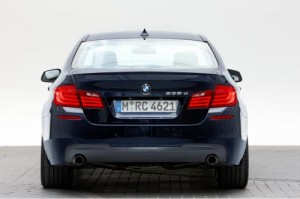 16499801191224080484 300x199 2011 BMW 5 Series with M Sport package first photos surface