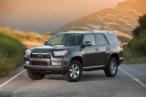 2010 toyota 4runner 100229630 l2 300x200 2011 Toyota 4Runner: Four Cylinder Engine Dropped, Again
