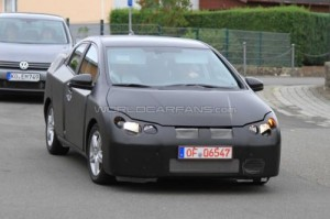 2011493226498630187 300x199 Next gen 2012 Honda Civic spied as 5 door version for first time