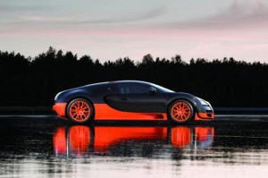 596739783604165592 300x199 Bugatti Veyron 16.4 Super Sport revealed sets 268 mph land speed world record