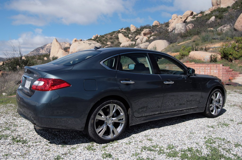 02infinitimfd2011 1024x680 2011 infiniti M Price,Photos,Specifications,Reviews