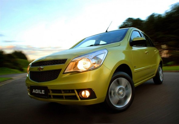2010 Chevrolet Agile Front Side 590x411 2011 Chevrolet Agile  Photos,Price,Specifications,Reviews