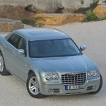 2010 Chrysler 300C (2)