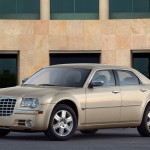 2010 Chrysler 300C (3)