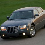 2010 Chrysler 300C (4)