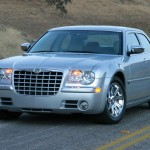 2010 Chrysler 300C (7)