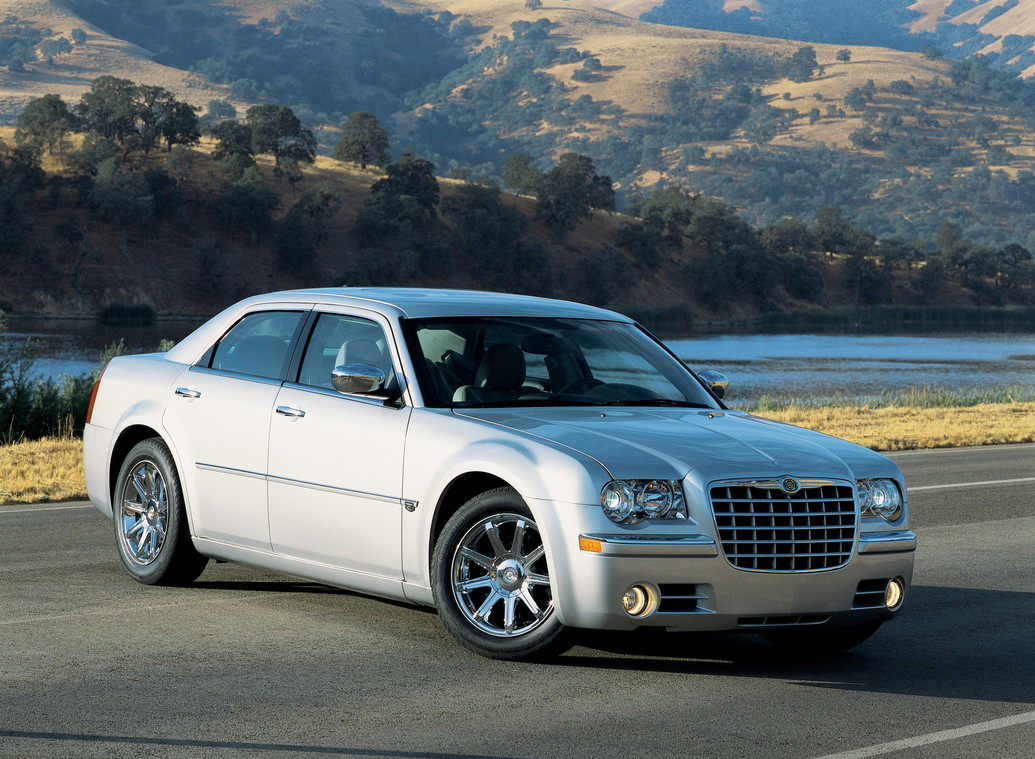 2010 Chrysler 300c Photos Price Reviews Specifications
