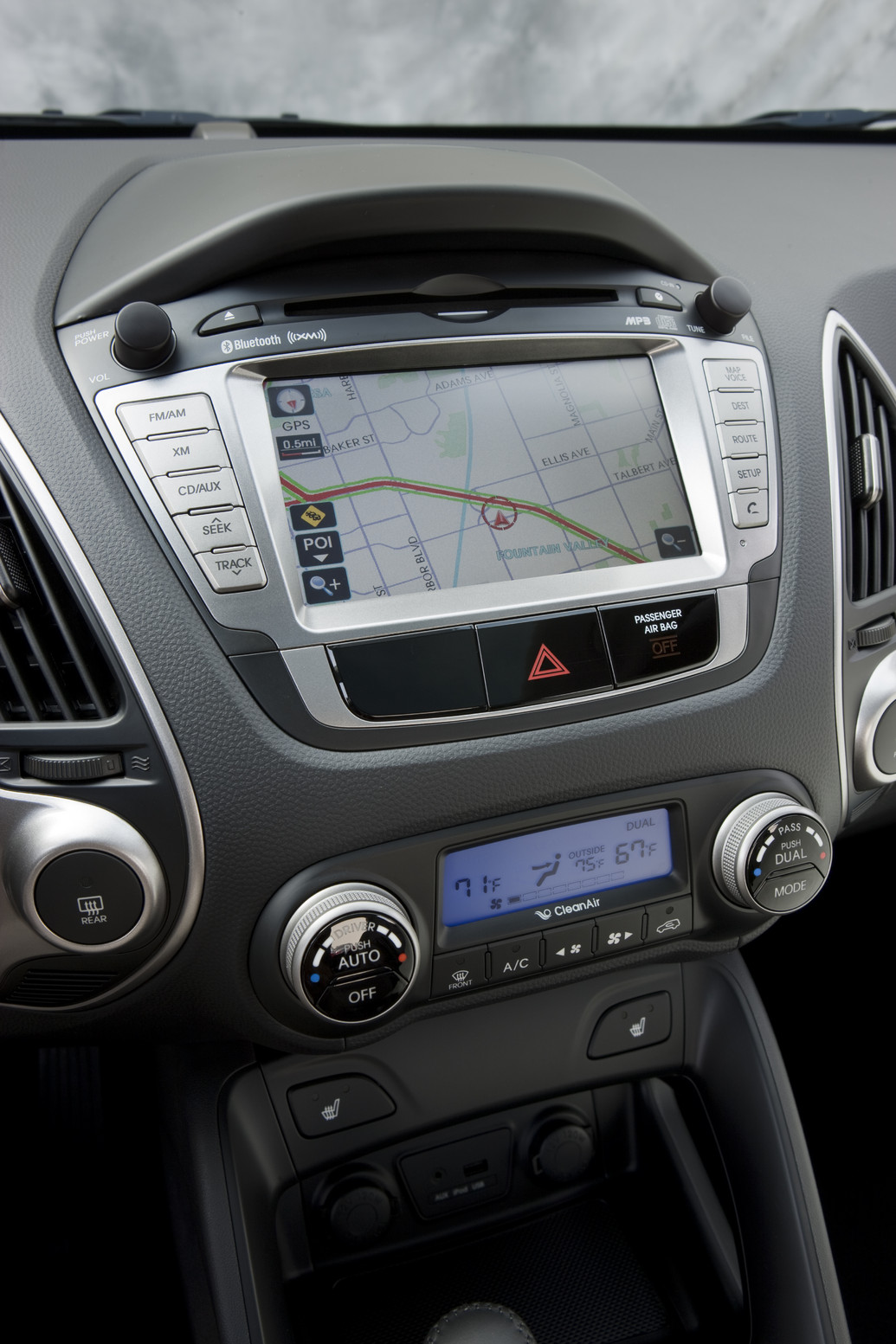 2010 Hyundai Tucson Ix35 Photos Price Reviews