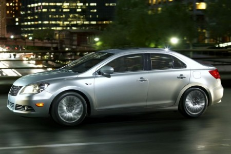 2010 suzuki kizashi 3 450x300 2010 Suzuki Kizashi  Price,Photos,Specifications,Reviews