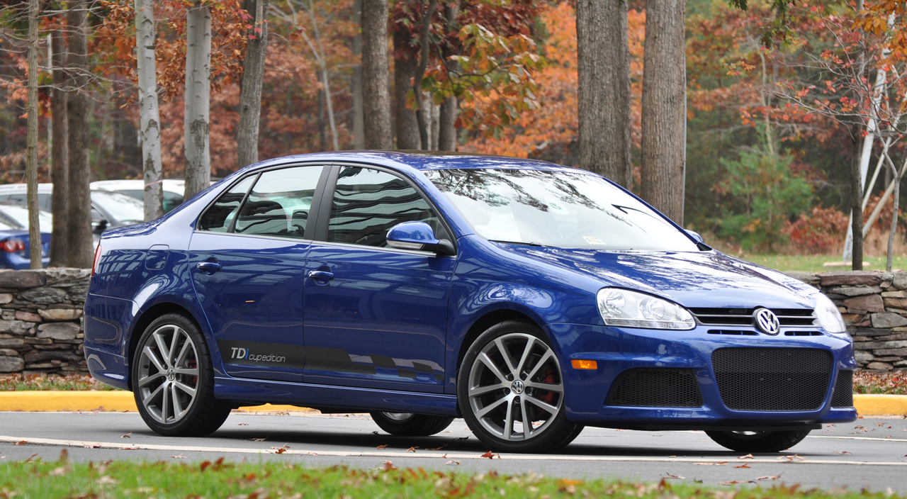2010 volkswagen jetta tdi cup photos price specifications reviews. Black Bedroom Furniture Sets. Home Design Ideas