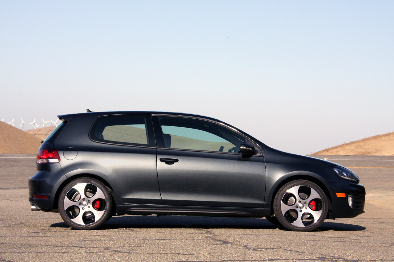201o VW Golf GTI PhotosPriceSpecificationsReviews