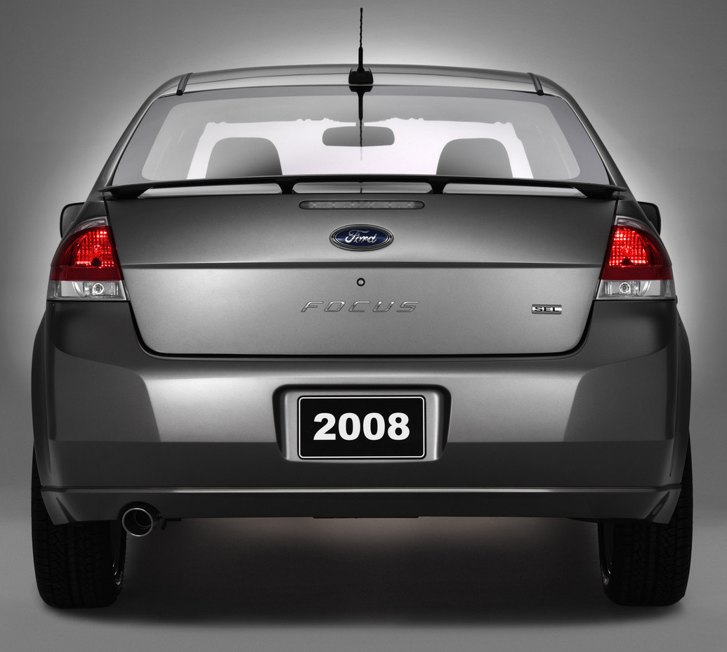 2011 Ford Focus -Photos,Price,Reviews,Specifications