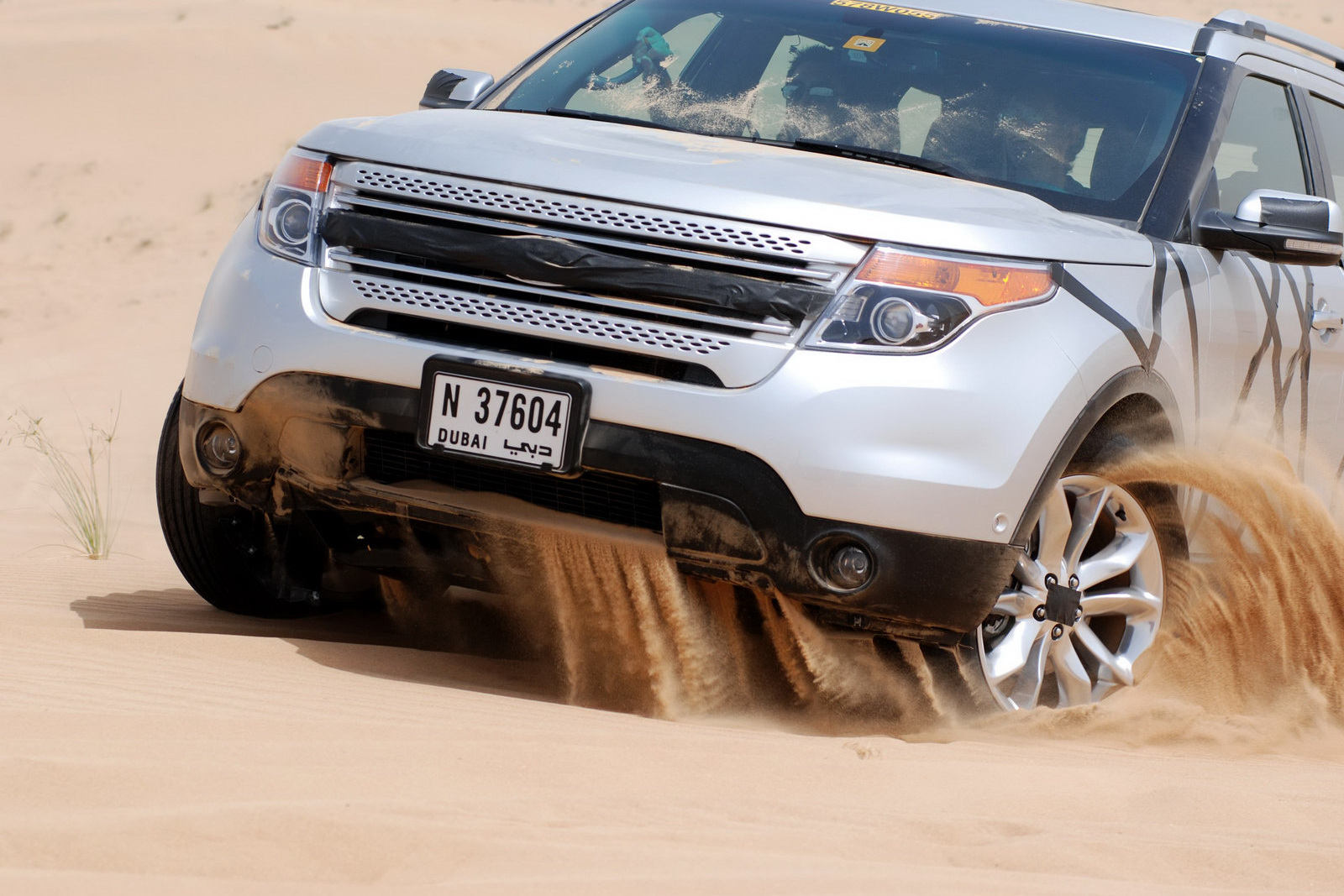 2011 Ford Explorer Dubai Testing 5 Ford explorer 2011   Specification, Price & Release date
