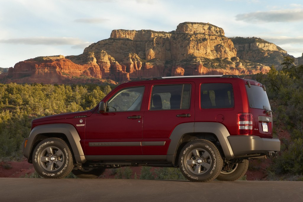2011 Jeep Liberty 4 1024x682 2011 Jeep Grand Cherokee Price,Photos,Specifications,Reviews