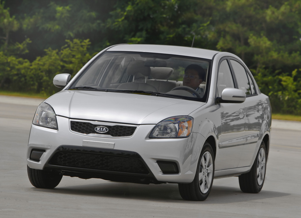 2011 Kia Rio Photos Price Specifications Reviews
