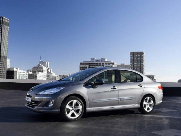 2011 Peugeot 408 price list 588x441 2011 Peugeot 408 Photos,Price,Specifications,Reviews