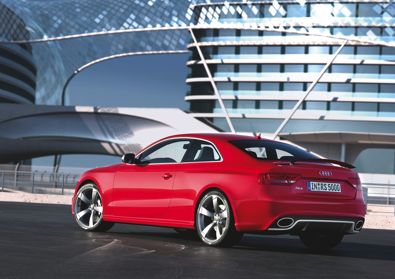 2011 audi rs5 photos price reviews specifications. Black Bedroom Furniture Sets. Home Design Ideas