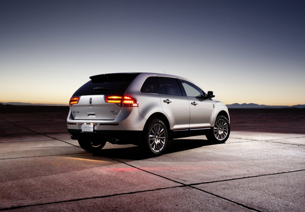 2011 lincoln mkx press images 008 1024x712 2011 Lincoln MKX Photos,Price,Specification,Reviews