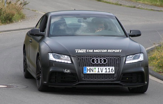 39898 2011 audi rs5 spyshots 02 thumb 4b77aa69e6bc9 625x360 2011 Audi RS5  Photos,Price,Reviews,Specifications