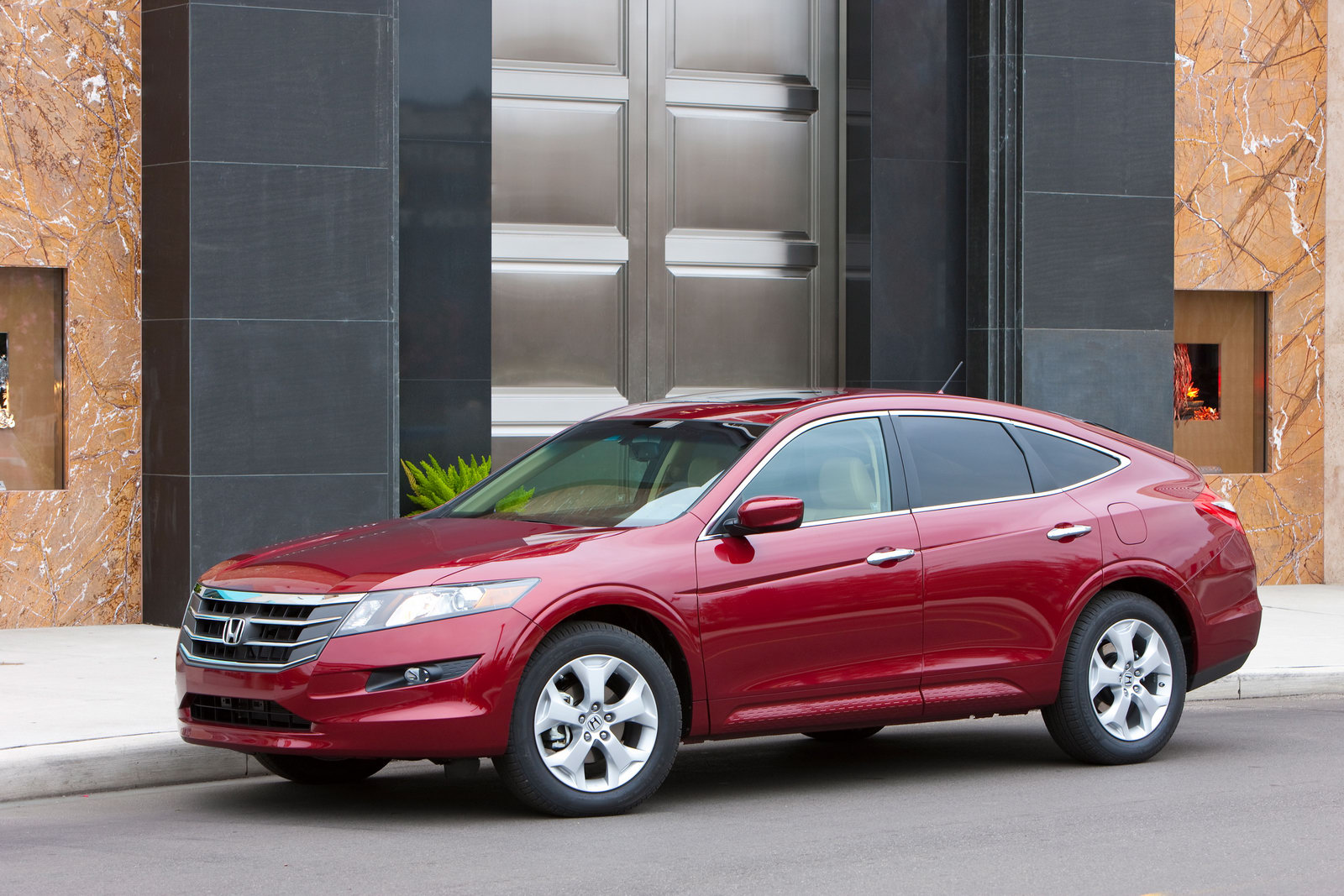 2011 Honda Accord Crosstour Price Photos Specificatios