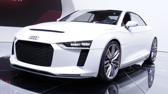 Large Image 2011 Audi e tron Spyder  Photos,Price,Specifications,Reviews