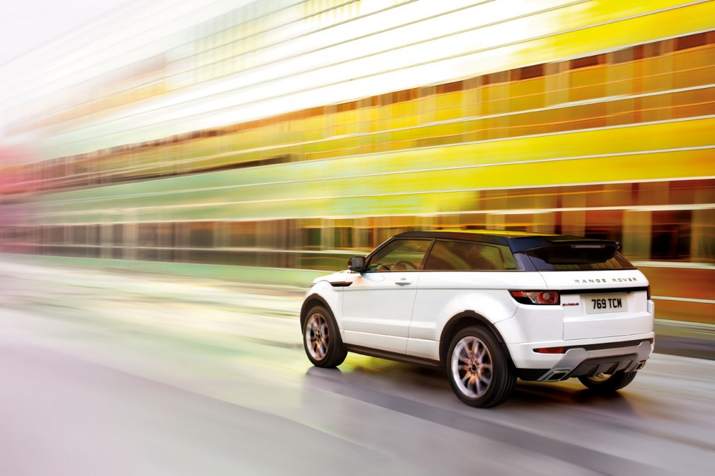 New Range Rover Evoque 9 1024x682 2012 Range Rover Evoque with Easy to Care Car Upgradation Kit