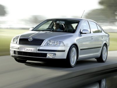 Skoda Laura 2 2011 Skoda Laura Specifications,Price,Photos,Reviews