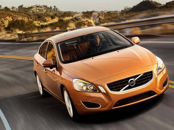 Volvo S60 2011 car tuning 588x4411 2011 Volvo S60  Photos,Price,Specifications,Reviews