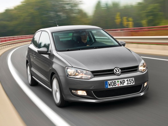 a 2010 Volkswagen Polo 1.2L   Photos,Price,Specifications,Reviews