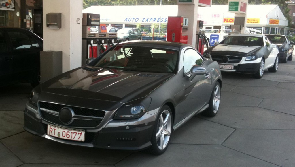 spy 2012 mercedes benz slk klasse 190 1024x582 2012 Mercedes Benz SLK  Photos,Price,Specifications,Reviews