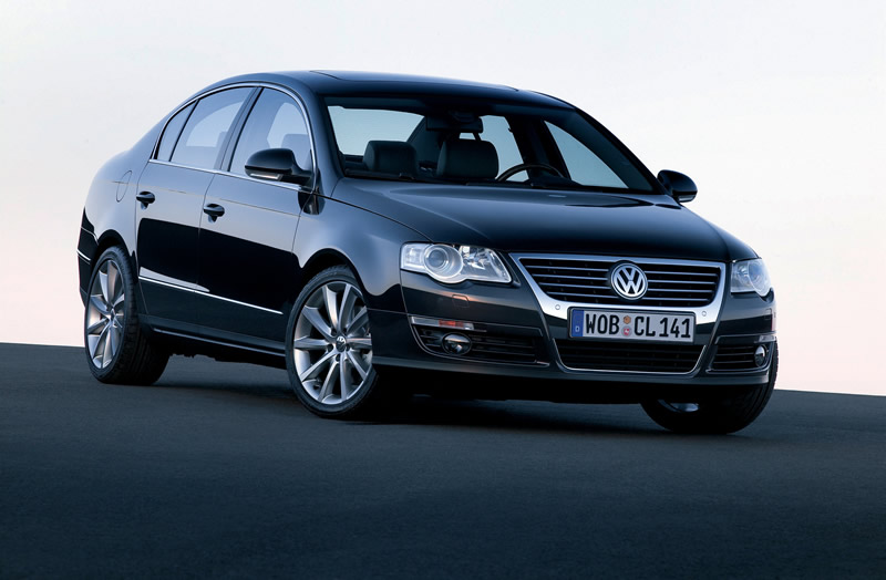 vw passat 2011 VW Passat  Photos,Price,Specifications,Reviews