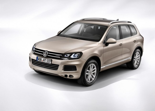 03 2011 vw touareg press1 650x464 2011 Volkswagen Touareg   Price, Photos, Specifications, Reviews