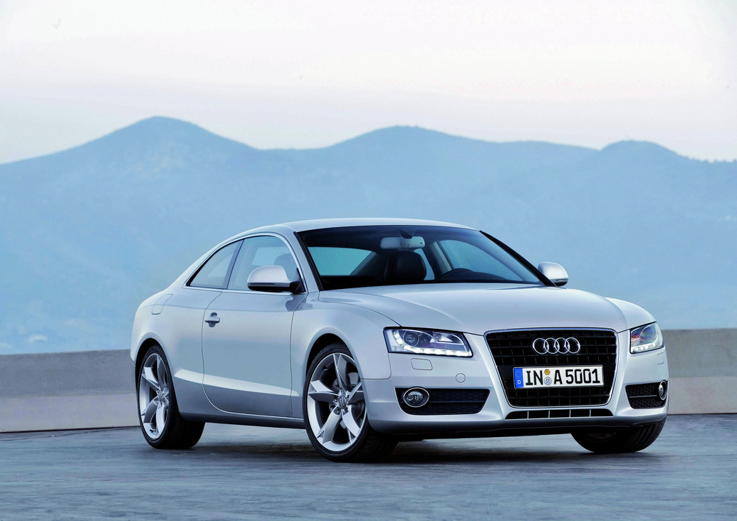 2011 audi a5 specifications reviews photos price. Black Bedroom Furniture Sets. Home Design Ideas