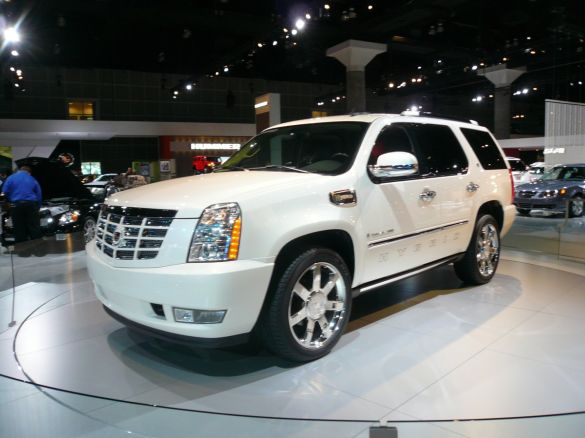 Cadillac introduced the currently unchanged version named, Cadillac Escalade
