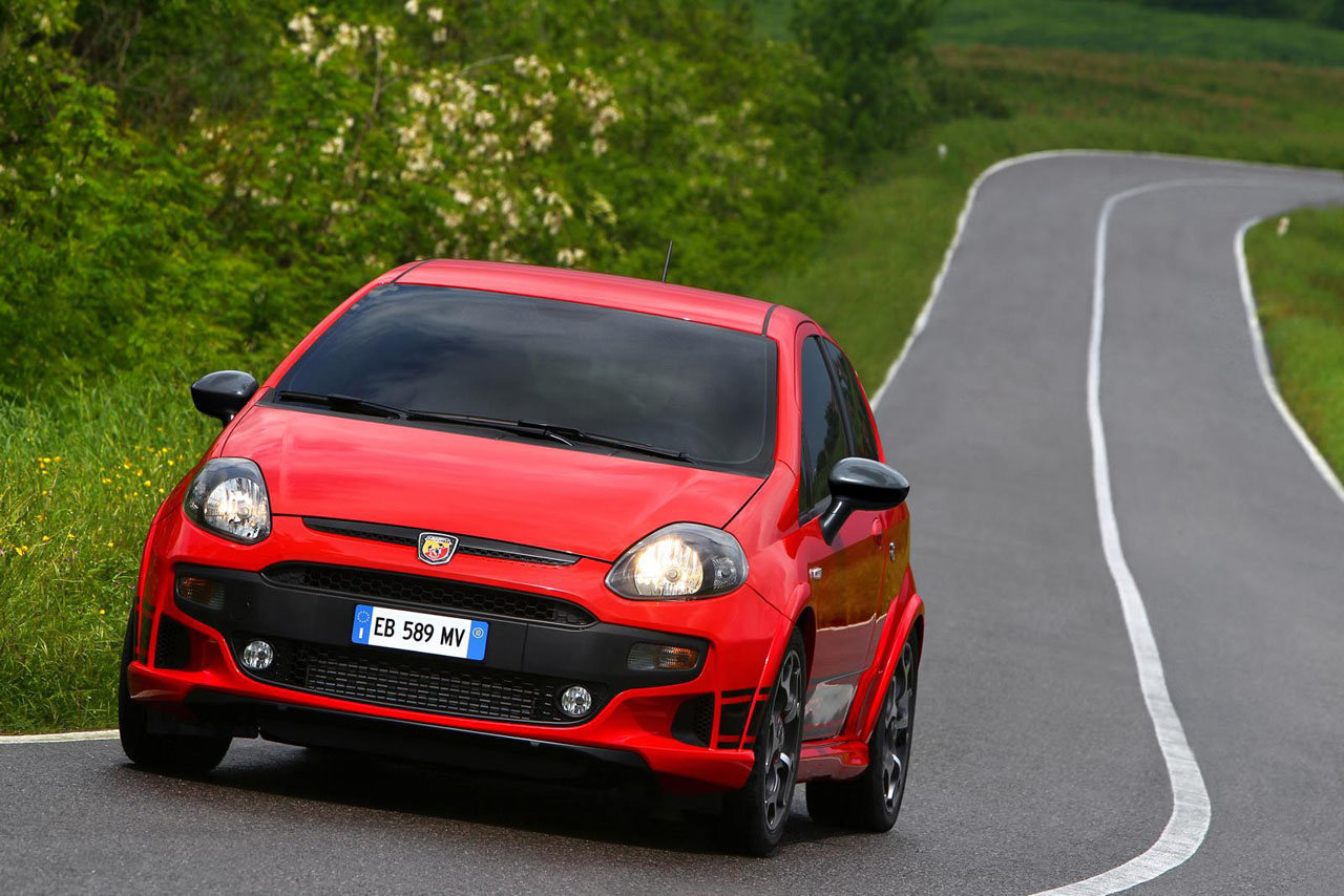2011 fiat punto evo abarth reviews specifications photos. Black Bedroom Furniture Sets. Home Design Ideas