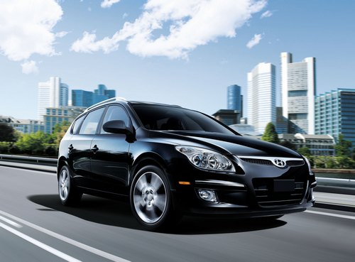 2011 Hyundai Elantra Touring 004 2011 Hyundai Elantra  Photos, Reviews, Specifications, Price