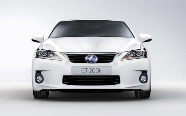 2011 Lexus CT 200h Front View 2011 New Lexus CT 200h   Specifications, Price, Photos, Reviews