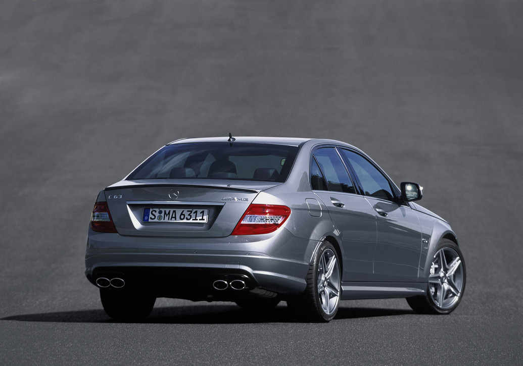 2011 mercedes benz c63 amg photos price specifications for Mercedes benz 2011