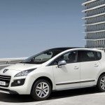 2011 Peugeot 3008 HYbrid4 Front Side View 588x441 150x150 2011 Peugeot 3008 Hybrid4   Reviews, Photos, Price, Specifications