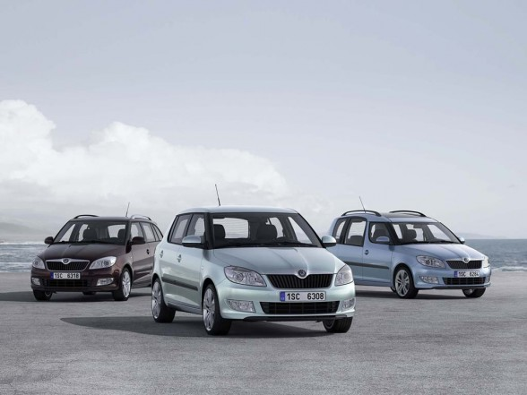 2011 Skoda Fabia price list 588x441 2011 Skoda Fabia   Price, Photos, Specifications, Reviews
