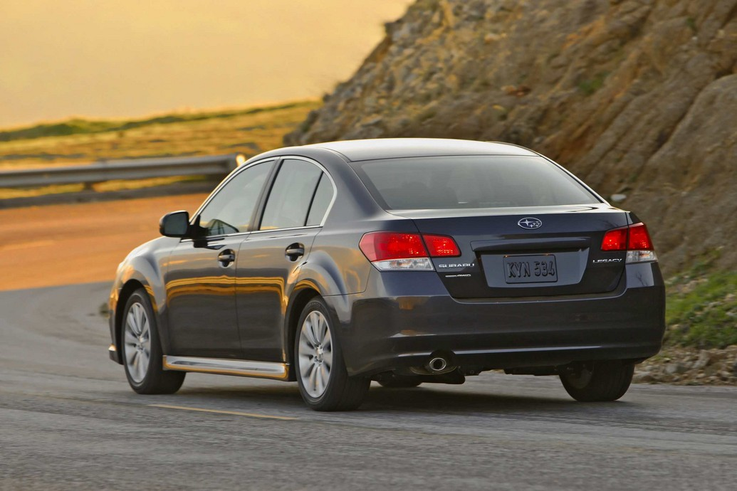 2011 subaru outback photos specifications price reviews. Black Bedroom Furniture Sets. Home Design Ideas