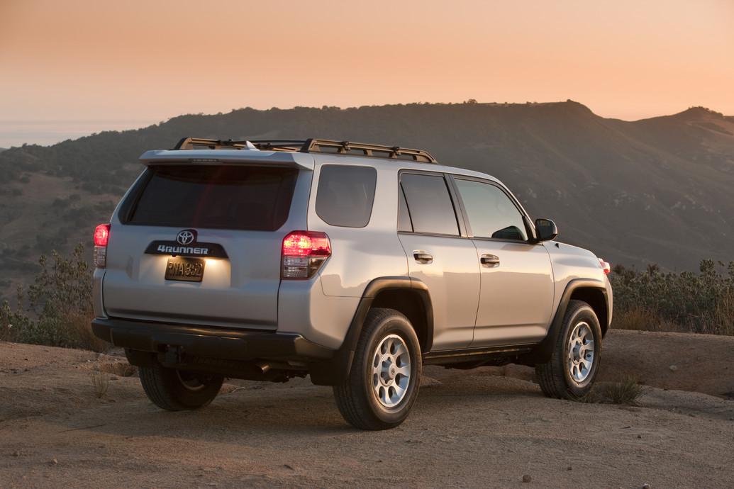 2011 toyota 4runner specifications pictures price reviews. Black Bedroom Furniture Sets. Home Design Ideas