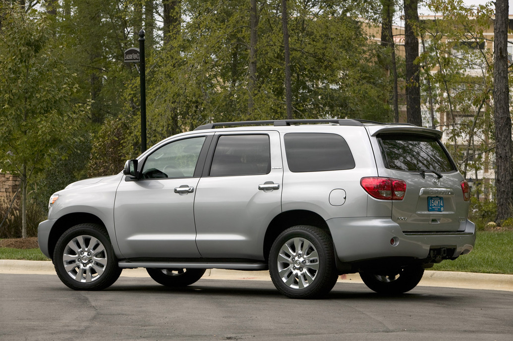 2011 toyota sequoia photos price reviews. Black Bedroom Furniture Sets. Home Design Ideas