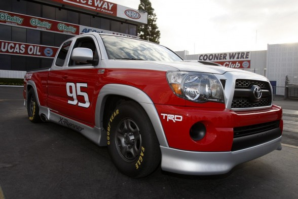 2011 Toyota Tacoma X Runner RTR Front Angle View 588x392 2011 Toyota Tacoma X Runner RTR   Price, Photos, Specifications, Reviews