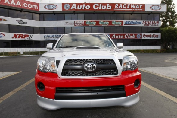 2011 Toyota Tacoma X Runner RTR Front View 588x391 2011 Toyota Tacoma X Runner RTR   Price, Photos, Specifications, Reviews