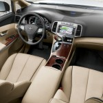 2011 Toyota Venza interior photos (4)