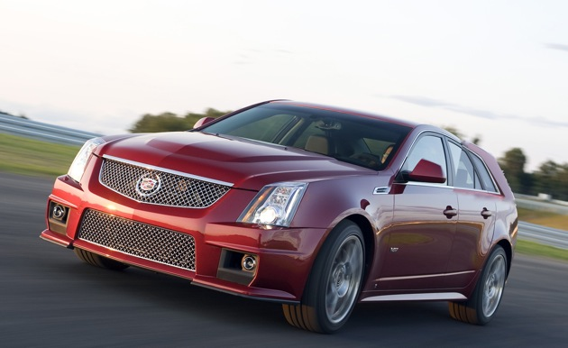 2011 cadillac cts v wagon 6 2011 Cadillac 556HP CTS V Wagon  Reviews,Photos,Price,Specifications