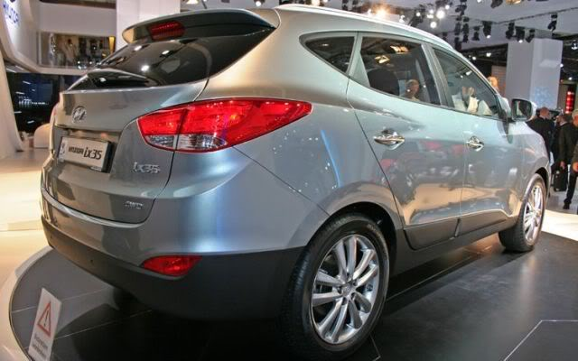 2011 hyundai tucson rear view 2011 Hyundai Tucson  Photos,Price,Specifications,Reviews