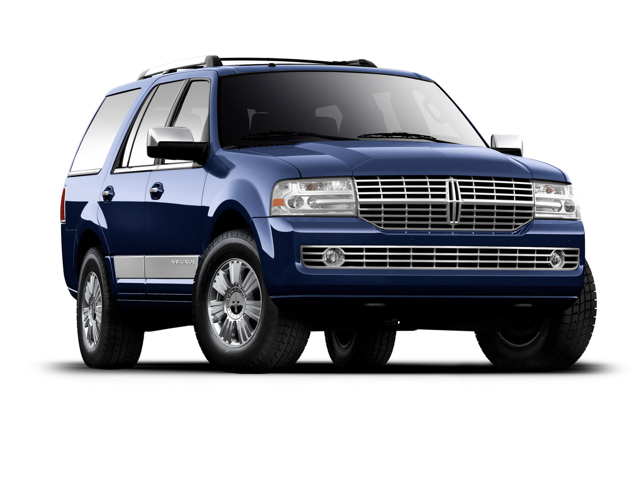 2011 lincoln navigator reviews photos price specifications. Black Bedroom Furniture Sets. Home Design Ideas